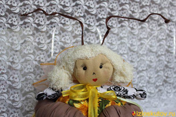 "Грелка на чайник ""Пчелка Жужа"" № 1006"