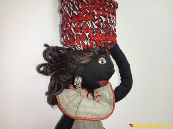 """Хранительница ватных палочек и диской """"Африканка Земба"""" № 520"""
