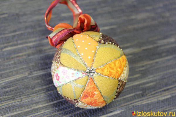 """Лоскутный новогодний шар """"Тепло"""" № 477"""