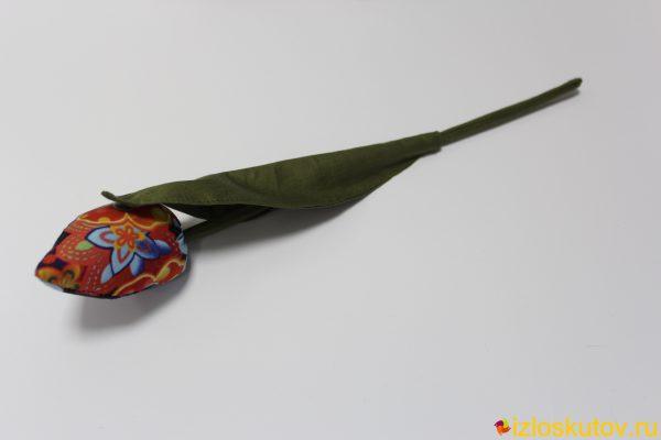 Тюльпан красно-синий с цветком № 546